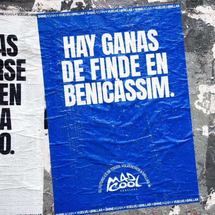 cartaz do mad cool para festivais com a frase vontade de um fim de semana em Benicássim