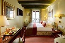Onde ficar em Paris © Hotel Le Relais Montmartre / Divulgação