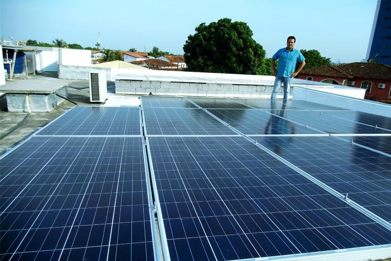 Cansado de reajustes e incertezas, morador de Manaus investe em Energia Solar InfinitySun Energia Solar