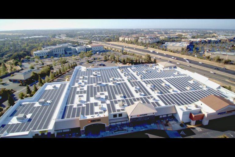 O Distrito Escolar Unificado da Califórnia vai instalar 1,6 MWh de armazenamento de energia solar