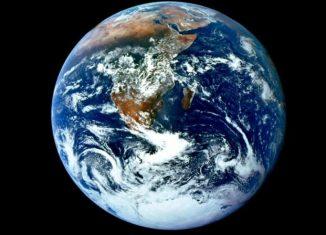 Significado de On Earth