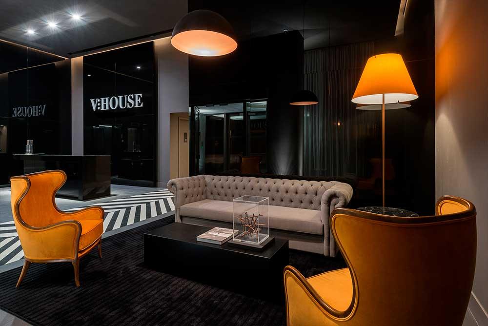 Vhouse2 - V House / DUPLICADA