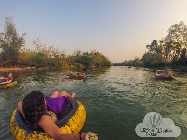 Dicas importantes para sua viagem ao Laos - tubing - nam song - moeda - visto - kuang si falls - clima - estradas - internet - sudeste asiatico (6)