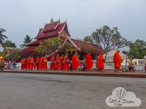 Dicas importantes para sua viagem ao Laos - ronda das almas - moeda - visto - kuang si falls - clima - estradas - internet - sudeste asiatico (6)