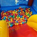 aluguel-de-brinquedos-piscina-de-bolinhas-yupi
