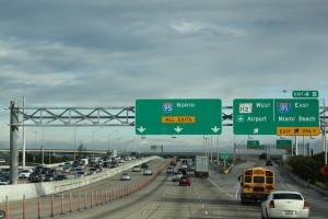 Estados-Unidos-trânsito-inglês-Miami