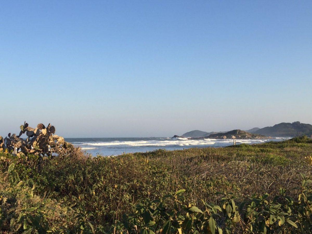 praia da ferrugem Garopaba fotos