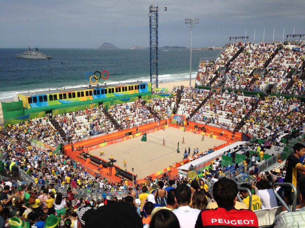 Arena do Vôlei de Praia! Agatha e Barbara x Argentina! Foi um passeio, haha.