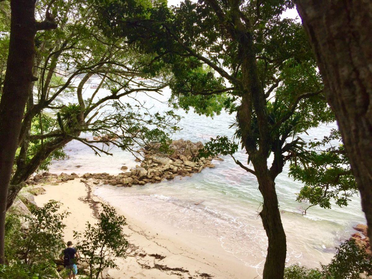 o que fazer em bombinhas praia da sepultura