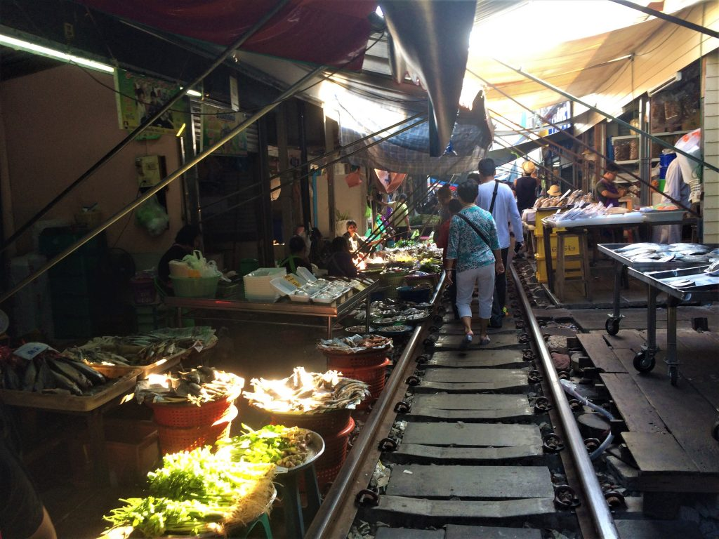 mercado do trem bangkok