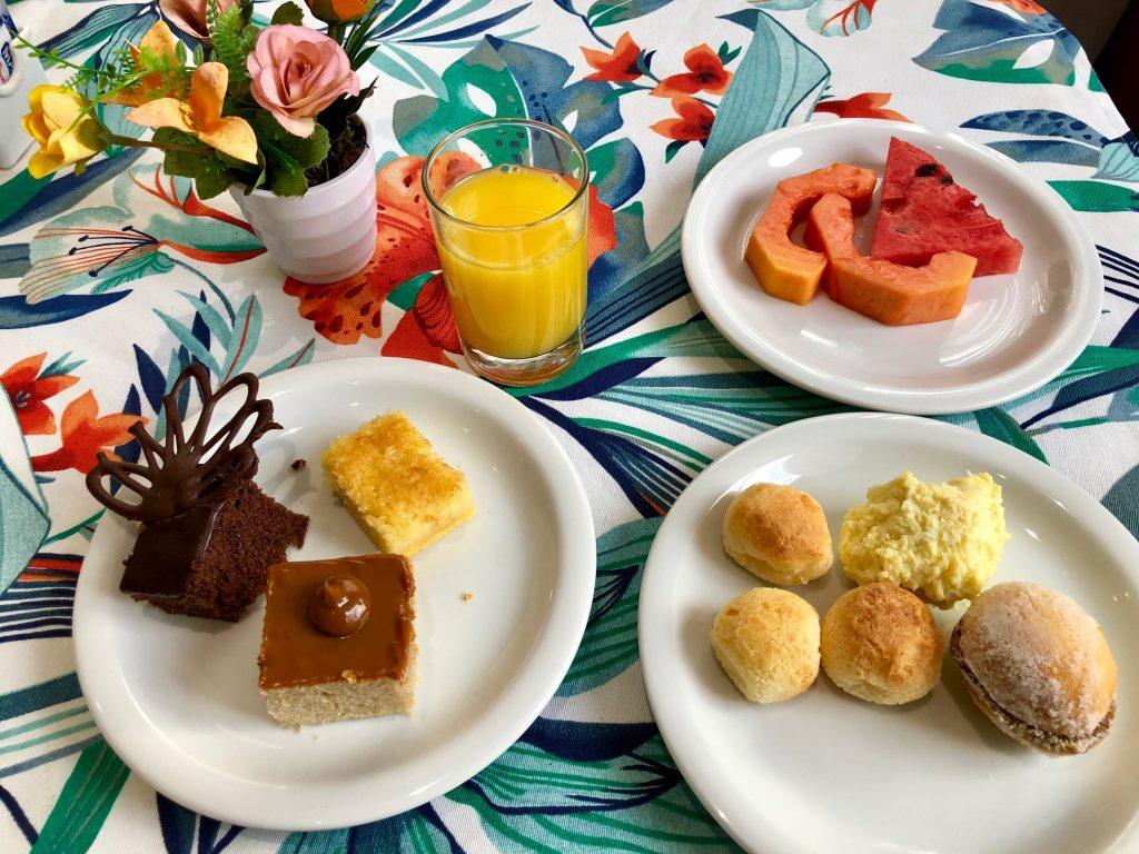 café da manhã em maringá