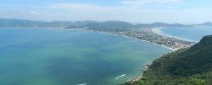 O que Bombinhas tem além das praias?
