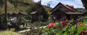 Fluss Haus Café Colonial