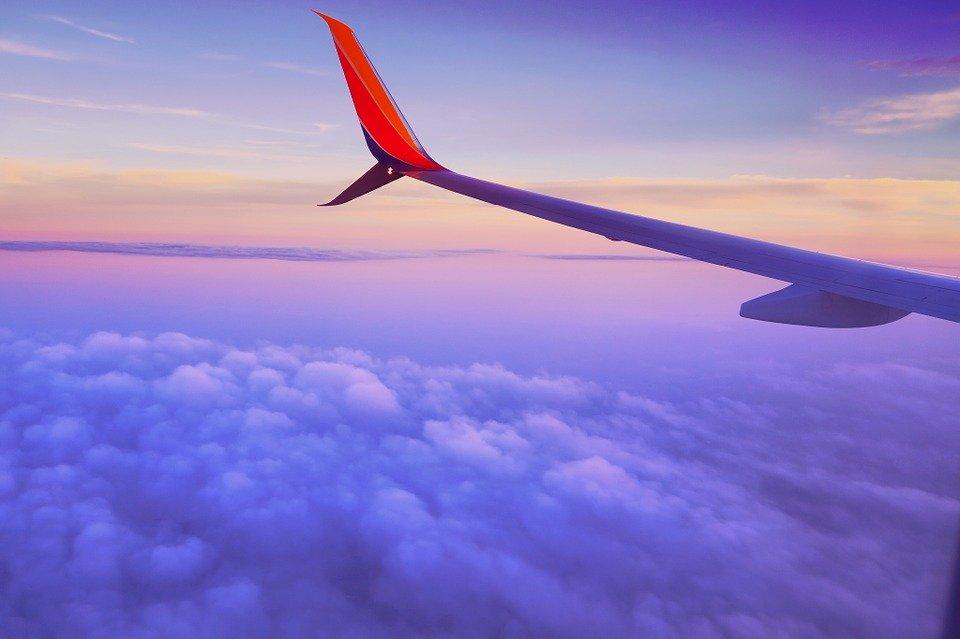 8b4ac0b609 14 dicas para uma viagem de avião mais confortável
