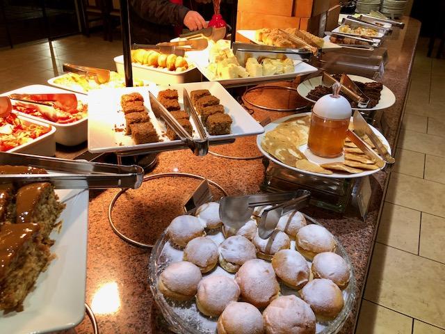 bolos café da manhã de hotel