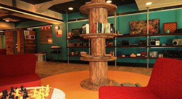 Generator hostel mezanino 585x320 - Generator: o melhor hostel de Barcelona