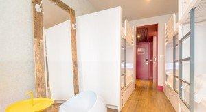 Generator-hostel-quarto-feminino-espelho