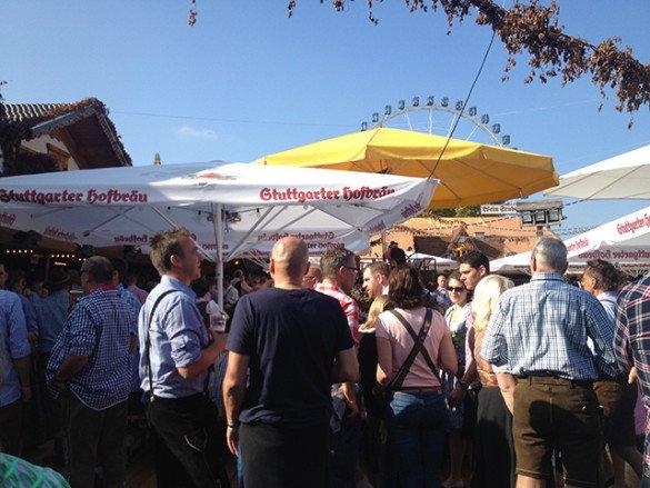 Oktoberfest Stuttgart 41 585x439 - Oktoberfest de...Stuttgart