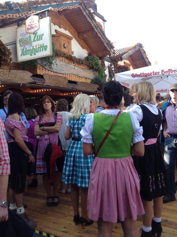 Oktoberfest Stuttgart 42 585x780 - Oktoberfest de...Stuttgart