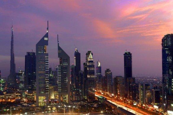 DUBAI LANDMARKS - Emirates Towers