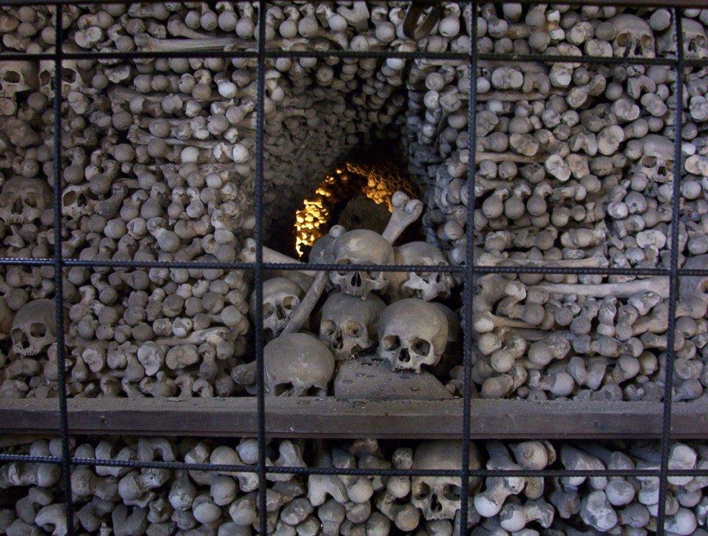 Os crânios da Capela dos Ossos, em Kutná Hora