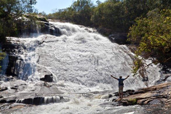 cachoeira-dos-luis, em Bueno Brandão