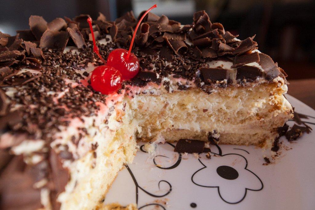 Mais uma perdição do Café com Mistura: bolo de leite ninho