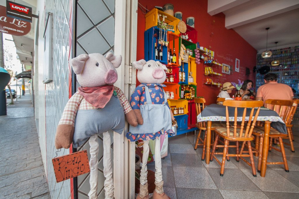No restaurante Café com Mistura, prove delicias regionais