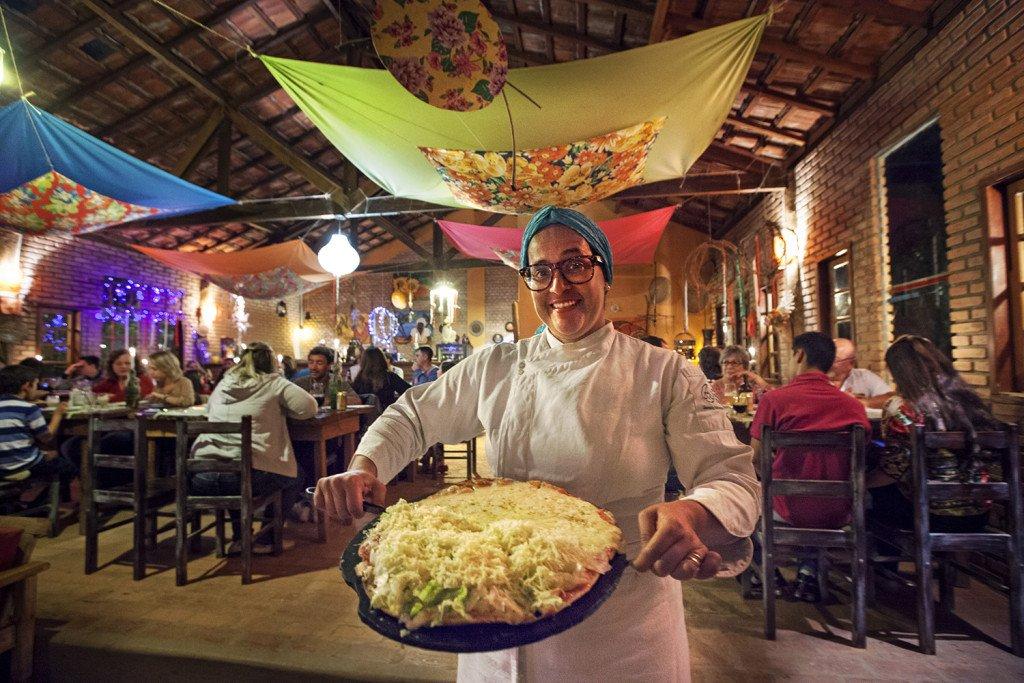 A famosa pizza de alface feita pela chef Andreia Lépore