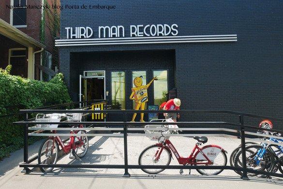 Third Man Records Nashville03 1 585x391 - O que fazer em Nashville, a cidade do country