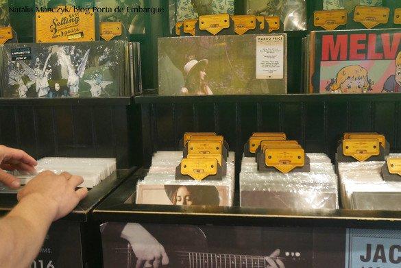 Third Man Records Nashville06 1 585x391 - O que fazer em Nashville, a cidade do country