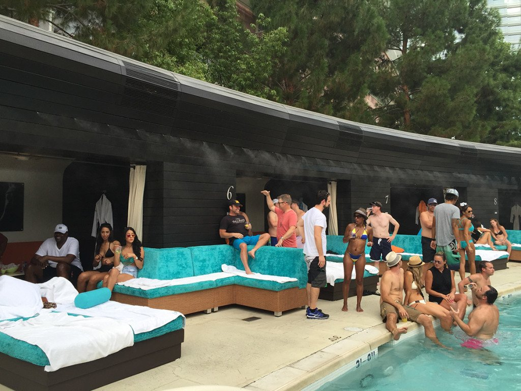 Liquid, a pool party do Aria!