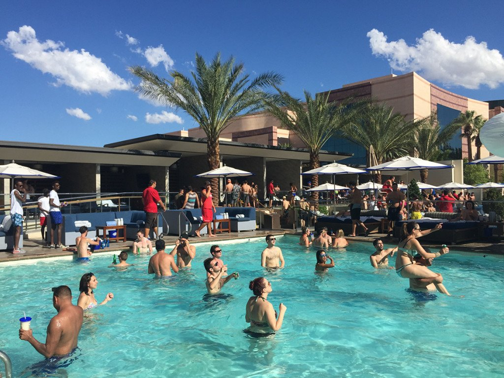 Pool party Wet Republic_hotel MGM Las Vegas_Caesars_07