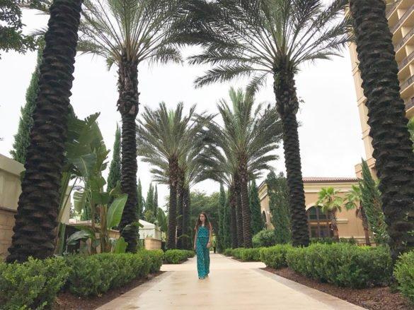 area comum four seasons orlando 585x439 - Como é ficar no hotel Four Seasons Orlando