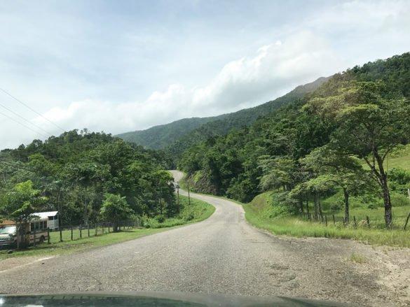 Belize 76 585x439 - Conheça Belize: o Caribe só para você!