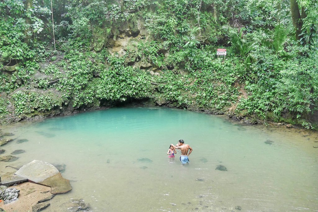 Belize_Innland Blue Hole5