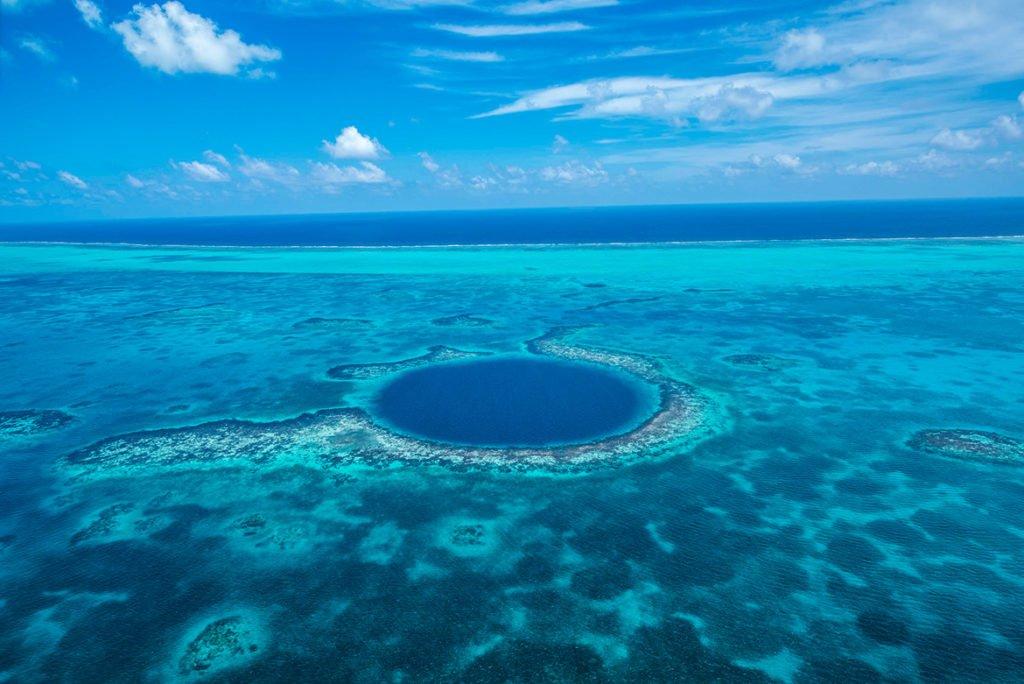 Blue Hole Belize 1024x684 - Conheça Belize: o Caribe só para você!