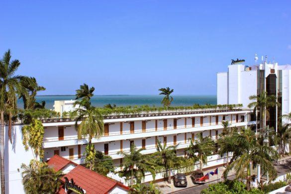 radissonBelize onde ficar em belize 1 585x390 - Onde ficar em Belize