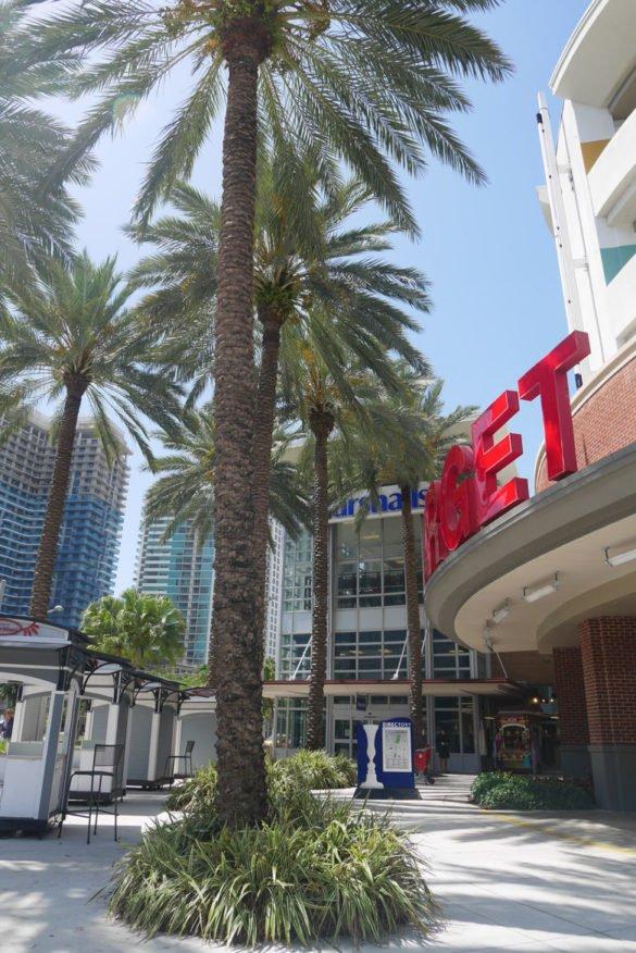 Wynwood Miami05 e1516326843895 585x876 - Wynwood Art District: Dicas sobre o bairro de Miami