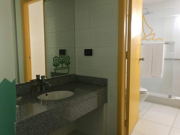 Lima hotel Ibis Styles Conquistadores0007 e1519349562633 585x439 - Hotel bom e barato em Lima: o Ibis Styles Conquistadores