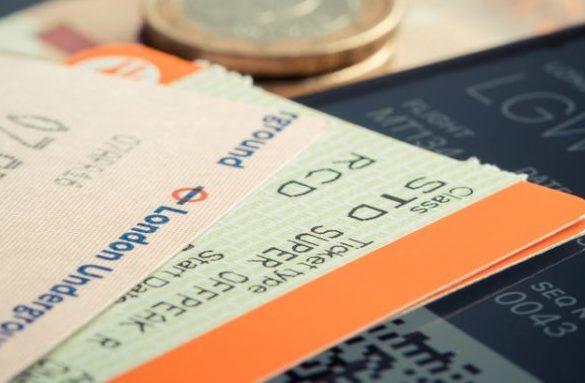 Passagem aérea barata 2 e1521505103275 585x383 - Os melhores dias para comprar passagem aérea