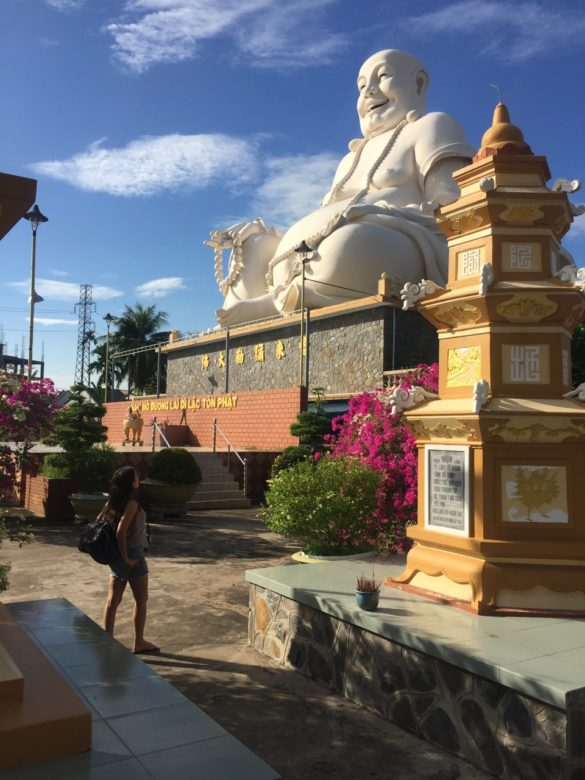 IMG 6811 585x780 - O que fazer em Ho Chi Minh: os passeios na cidade do Vietnã