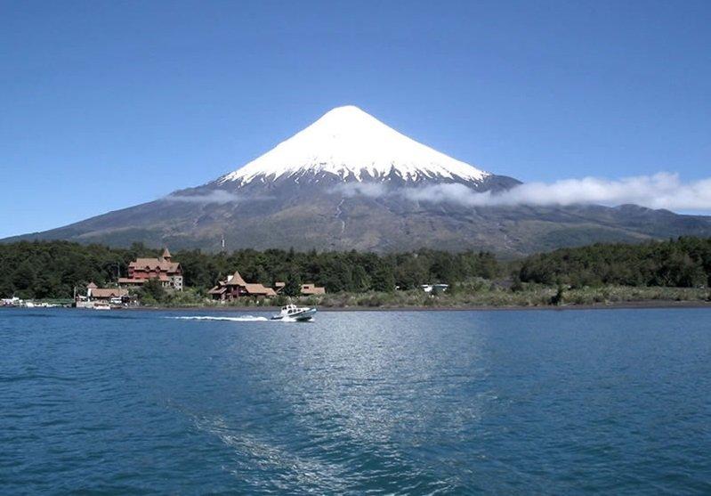 Cruce Andino Volcán Osorno Puerto Varas divulgacao - Cruce Andino: como é a viagem de Bariloche a Puerto Varas