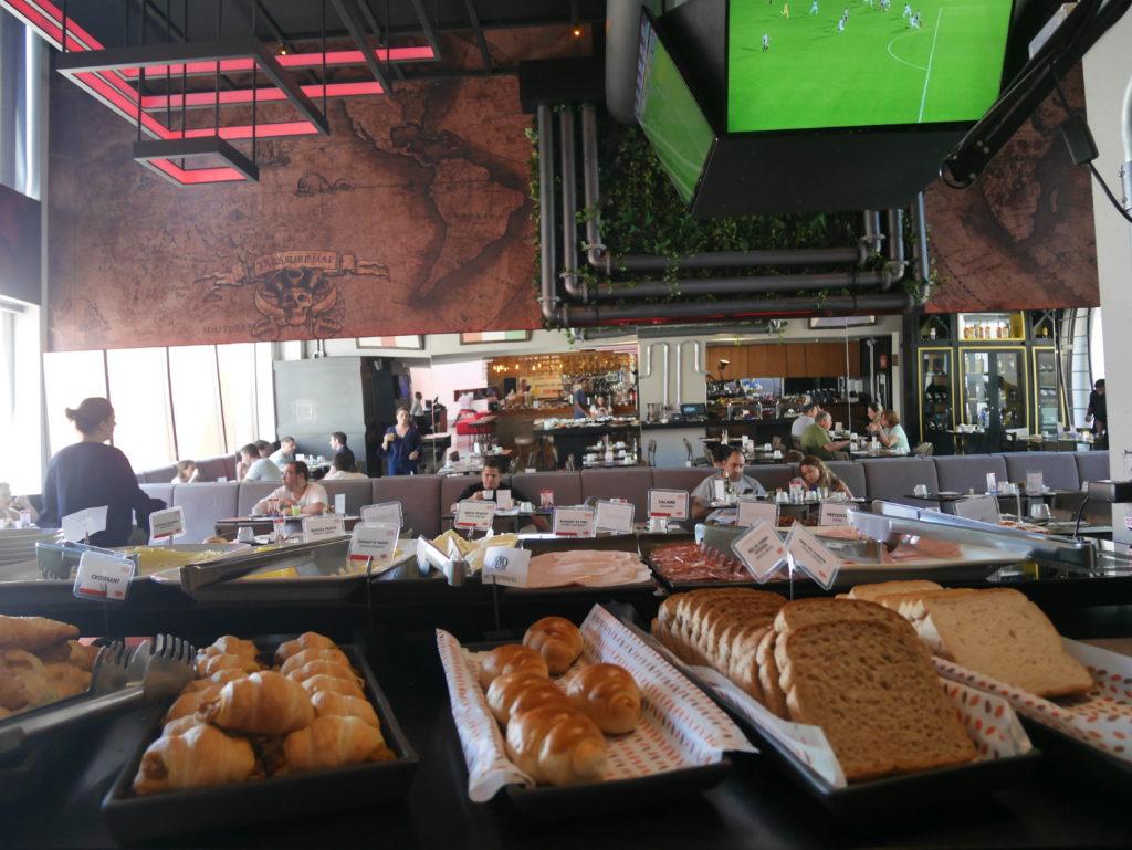 Restaurante do Radisson Red Campinas