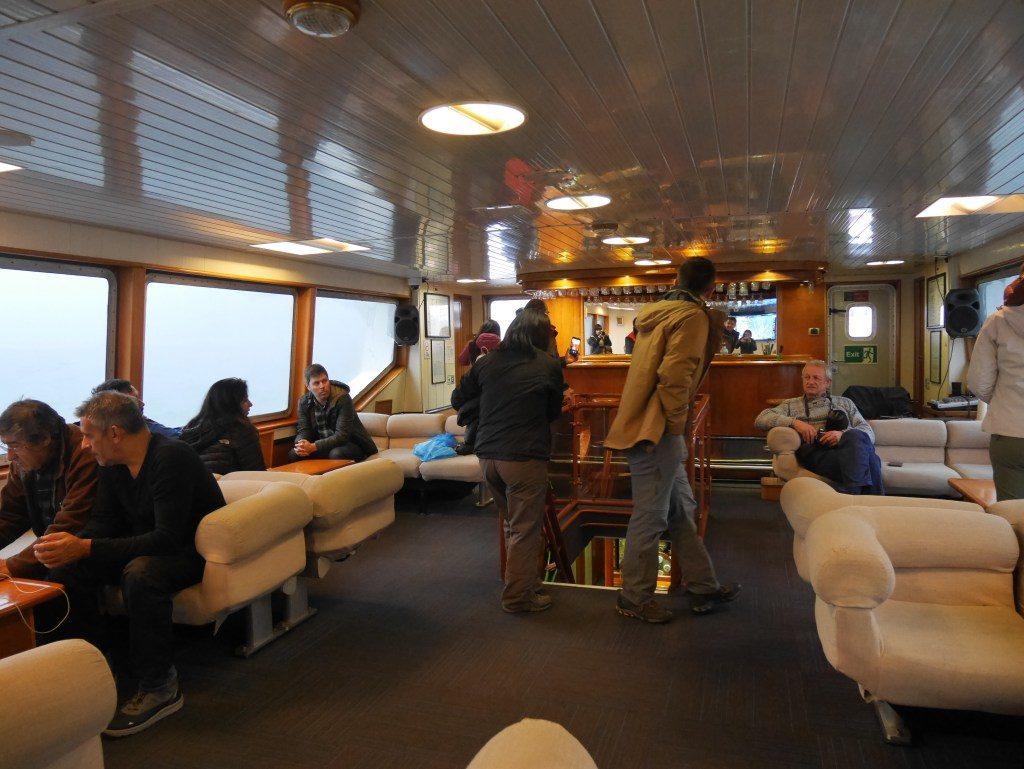 Barco para a geleira San Rafael, na Patagonia Norte, em Aysen