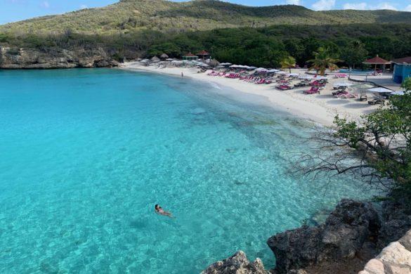 Praia de Kenepa, em Curaçao