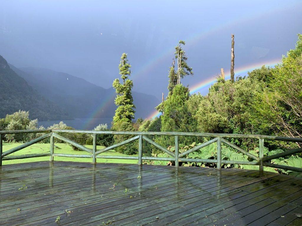 Chuva e arco iris na Patagonia Norte Aysen