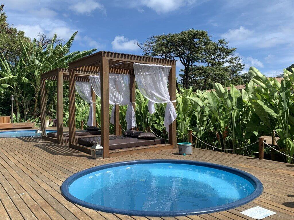 Hotel em Noronha Dolphin piscina