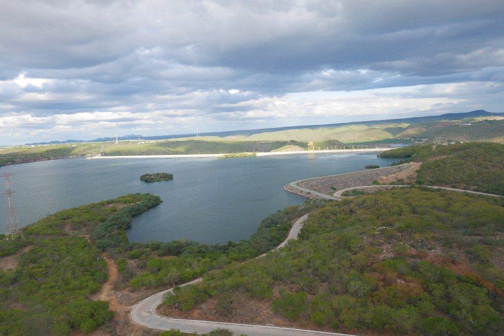 Vista do helicóptero nos canions do xingó em Aracaju