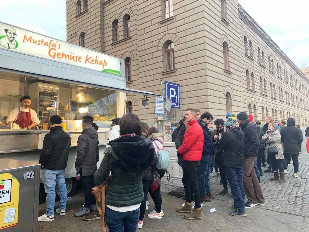Kebab Mustafa Berlim O que fazer em Berlim